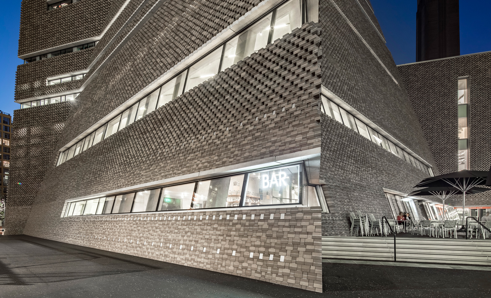 Switch House, Tate Modern, London (Herzog and de Meuron)
